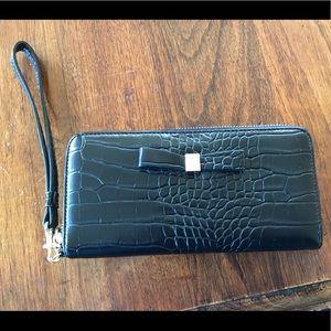 Anne Klein Zippered Wallet